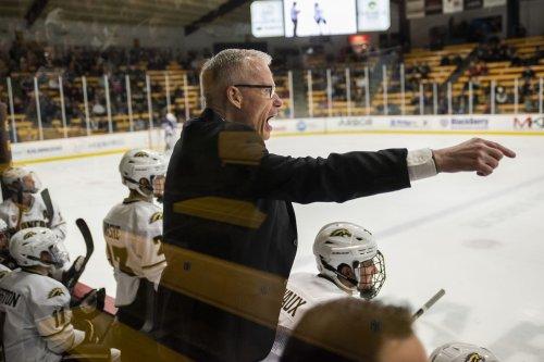 WMU hockey coach Andy Murray resigns after 10 seasons, Pat Ferschweiler named replacement