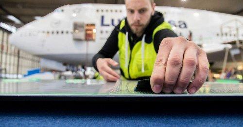 Lufthansa und BASF entwickeln Haifischhaut-Folie für mehr Nachhaltigkeit