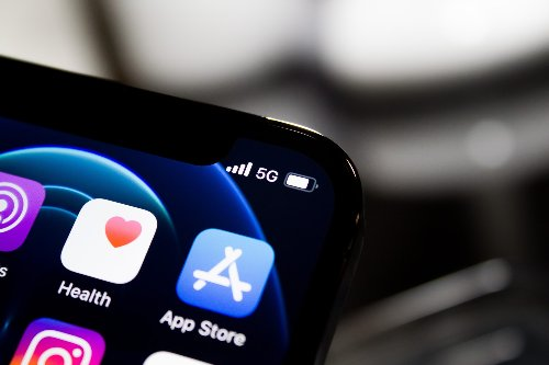 The size of iPhone's top apps grew 4x in five years