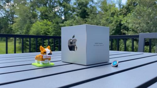 Watch Carrot's borderline homicidal Apple Design Award unboxing