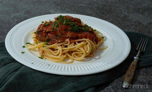 Spaghetti alla puttanesca - Möhreneck