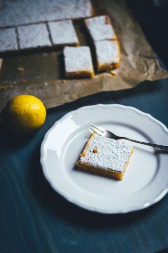 Lemon Square Bars – saftige Zitronenschnitten