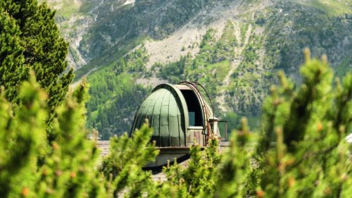 Unusual Holidays: Stay In A Bubble, Cube, Silo, Observatory Or Hanging Tent In Switzerland