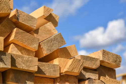 How to Save Money on Lumber Costs – 16 Tips to Reduce Wood Prices