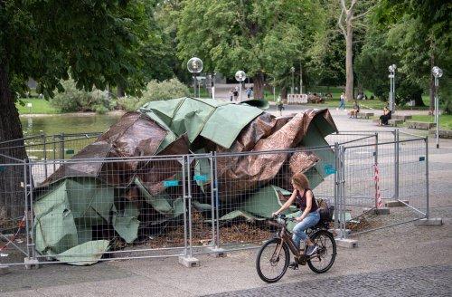 Kaputtes Dach der Stuttgarter Oper soll Klimawandel-Mahnmal werden