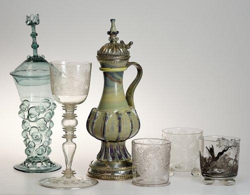 Wertvolle Glasobjekte nach mehr als 20 Jahren zurück in Düsseldorf