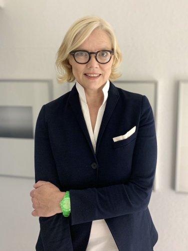 Kunsthistorikerin Ulrike Gehring bekommt deutschen Lichtkunstpreis