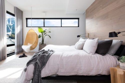 Expert Advice to Design the Ultimate Cozy Bedroom