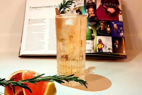 How to Infuse Your Own Botanical Tonic Water