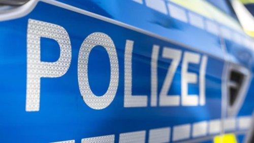 Mann von LKW überrollt: Polizei sucht nach Zeugen