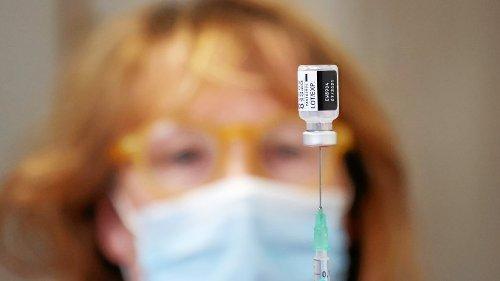Biontech & Moderna: Nebenwirkungen nach 2. Impfung oft stärker