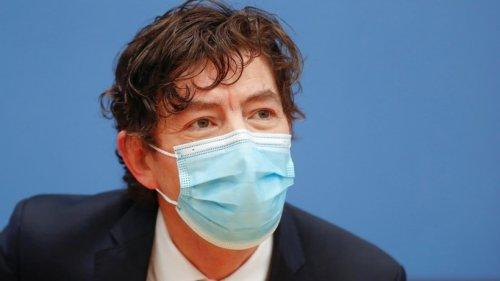 Drosten widerspricht Meinung zu Corona-Impfstoff von Astrazeneca