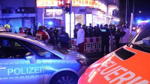Berlin-Mariendorf: Mehr als zehnköpfige Gruppe greift vier junge Menschen an