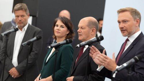 Bundestagswahl: Koalitionsverhandlungen beginnen ++ Laschet übt Kritik