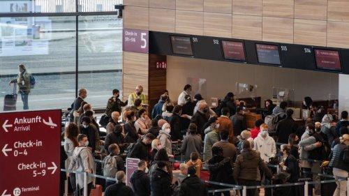 """Flughafen BER - Copilot: """"Am BER sind wir in Gottes Hand"""""""