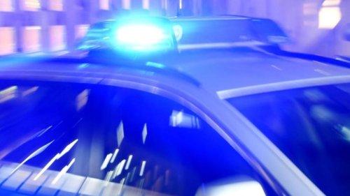 Berlin Neukölln: Raser verursacht schweren Unfall mit vier Verletzten