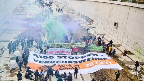 """Aktionstage von """"Gerechtigkeit Jetzt!"""": Besetzung auf A100"""