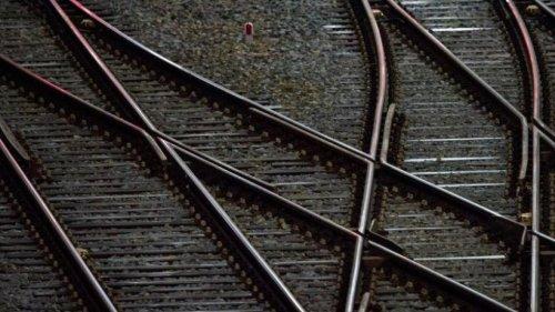 Bahn-Direktverbindung zwischen Dresden und Rügen: Via Berlin