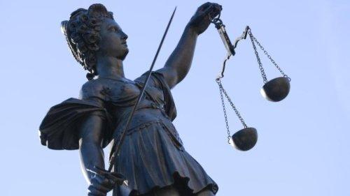 Prozess um Geldforderung an Diestel: Kläger muss nachbessern