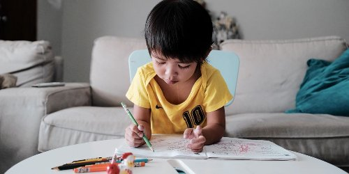 6 activities to keep toddlers engaged on a rainy day