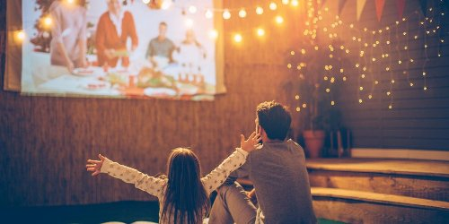 7 outdoor projectors to create the ultimate backyard movie night