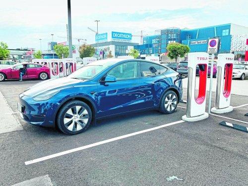 Tesla Model Y: Überzeugend, aber lieber ohne Autopilot