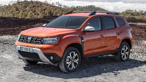 2022 Dacia Duster facelift debuts with dual-clutch automatic gearbox