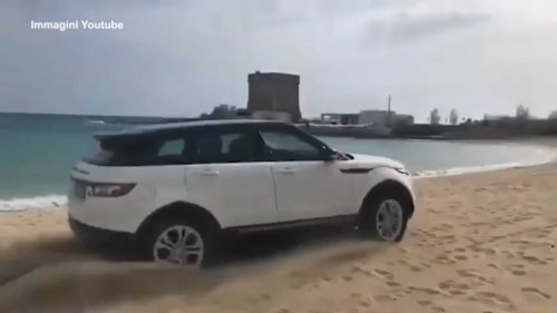 Range Rover Evoque Caught Driving On Beach Gets $3,200 Fine