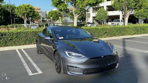 This Tesla Plaid owner calls the build quality trash, do you agree?