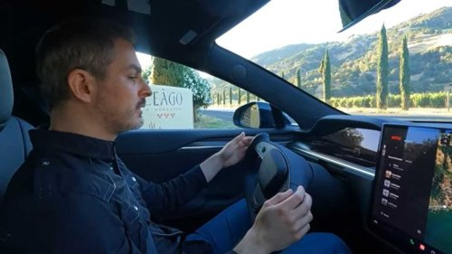 Watch This: Hands On With Tesla's New Model S Plaid Steering Yoke