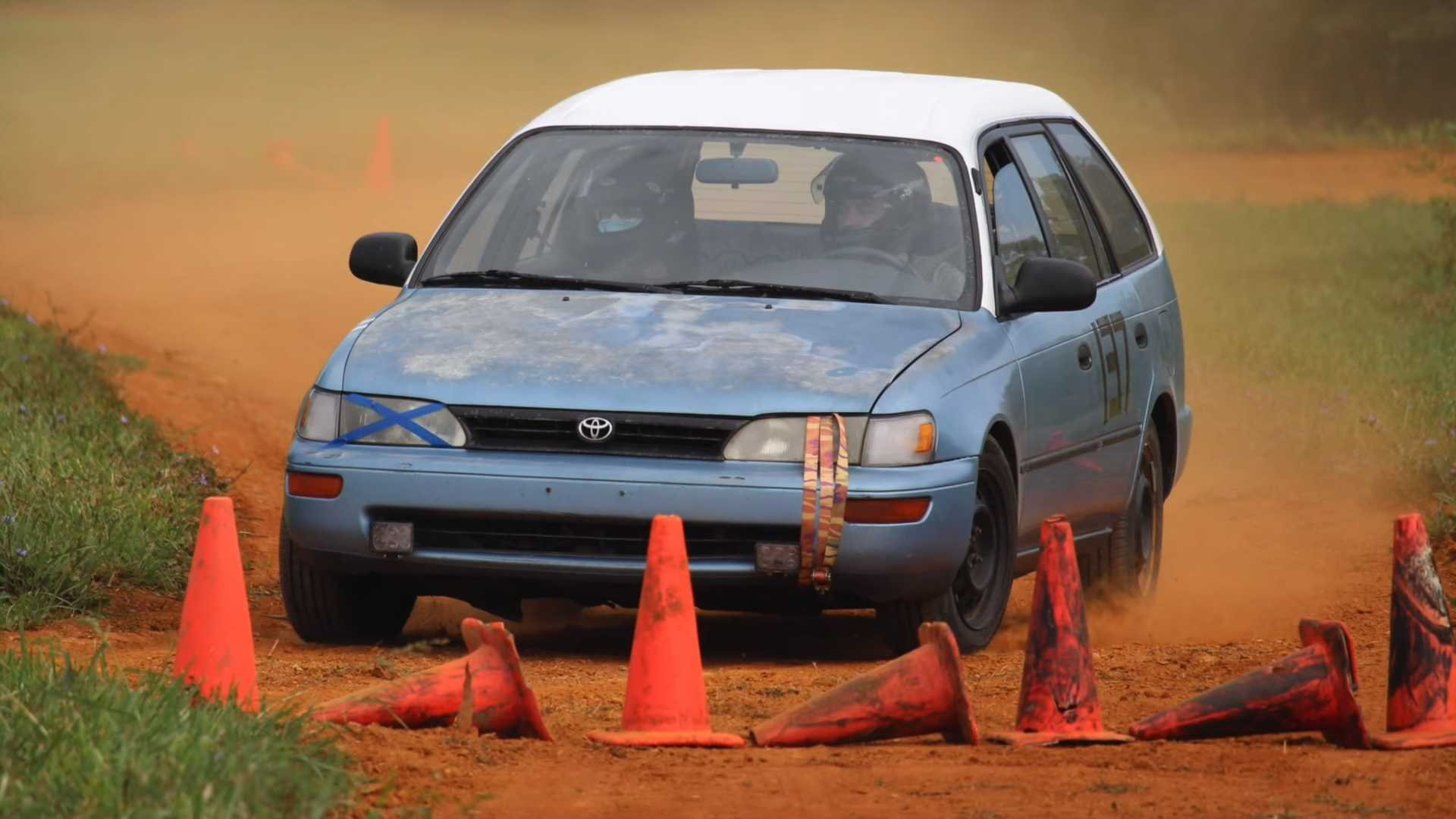 See Oldsmobile LSS And Other Old $1,500 Cars Tackle Rallycross Course