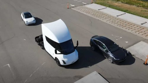 Drone Captures Tesla Semi & Model X Plaid Testing At Fremont