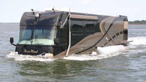 Vidéo - Le camping-car à 1 million d'euros qui flotte sur l'eau