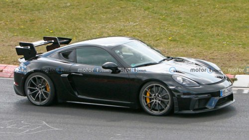 Porsche Cayman GT4 RS Spied With Different Parts At Nurburgring