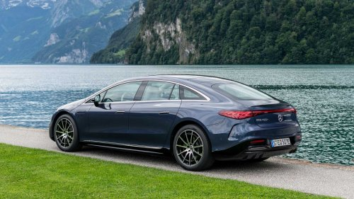 Mercedes-Benz EQS charging analysis reveals it's faster than Plaid