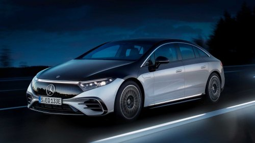 Mercedes to switch more combustion cars to EVs sooner than planned