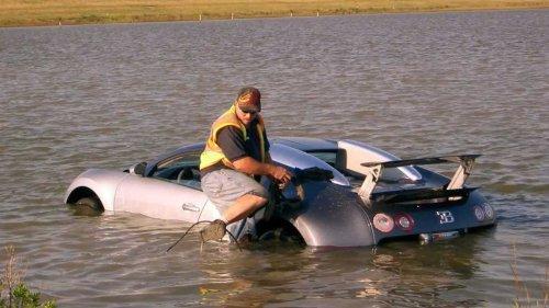 L'incroyable histoire de la Bugatti Veyron noyée par son propriétaire