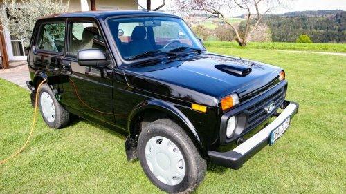 Le Lada Niva se convertit à l'électrique, et reste à 10 000 €