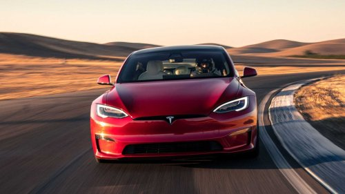 Tesla Model S Plaid Needs Software Update To Hit 200 MPH