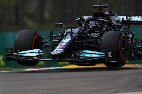A Imola la 99° pole di Hamilton, davanti a Perez, Verstappen e Leclerc
