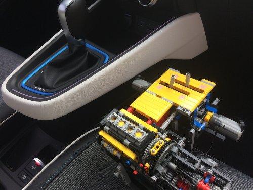 Renault E-TECH: tutto iniziò coi mattoncini LEGO...