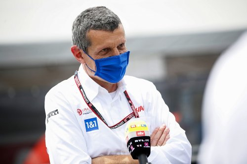 """Steiner: """"Not fair"""" to keep F1 staff on the road for six weeks"""