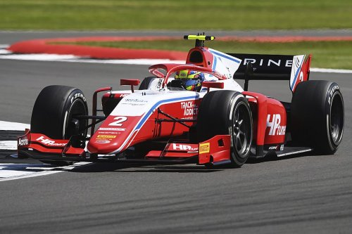 F2 Silverstone: Piastri takes first pole position ahead of Zhou
