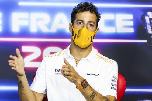 Daniel Ricciardo freut sich auf drei Wochen Action: 'Ich liebe Tripleheader'