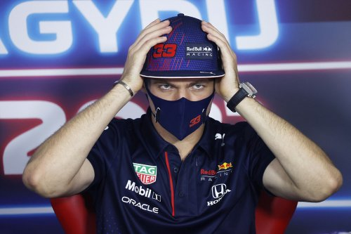 Verstappen blasts 'ridiculous' question on further Hamilton clashes