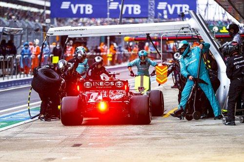 Comment Mercedes a convaincu Hamilton de rentrer au stand