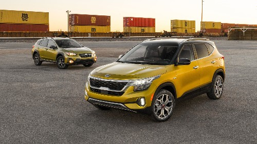 2021 Kia Seltos SX Turbo vs. Subaru Crosstrek Sport: Which Is the Best?