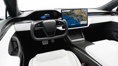 2022 Tesla Model S Plaid Interior Review: Where's the Plaid?