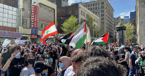 Photos Show A Huge Protest In Support Of Palestine Taking Place In Montreal Saturday