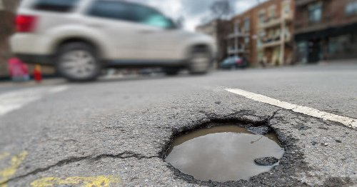 This Montreal Road Was Voted The #1 Worst In The City